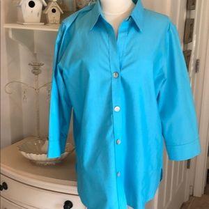FOXCROFT NON IRON SHAPE FIT SIZE 14 button shirt.